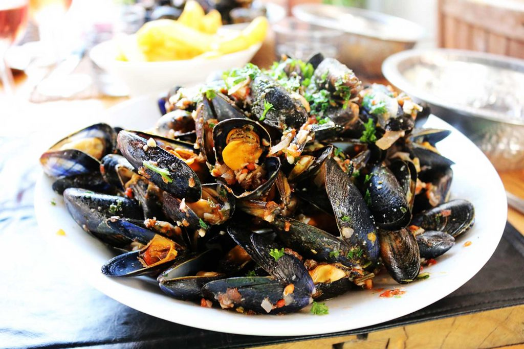 Bulgarian black mussels